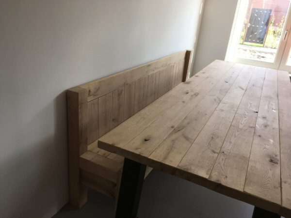 Eikenhouten tafel stalen poot