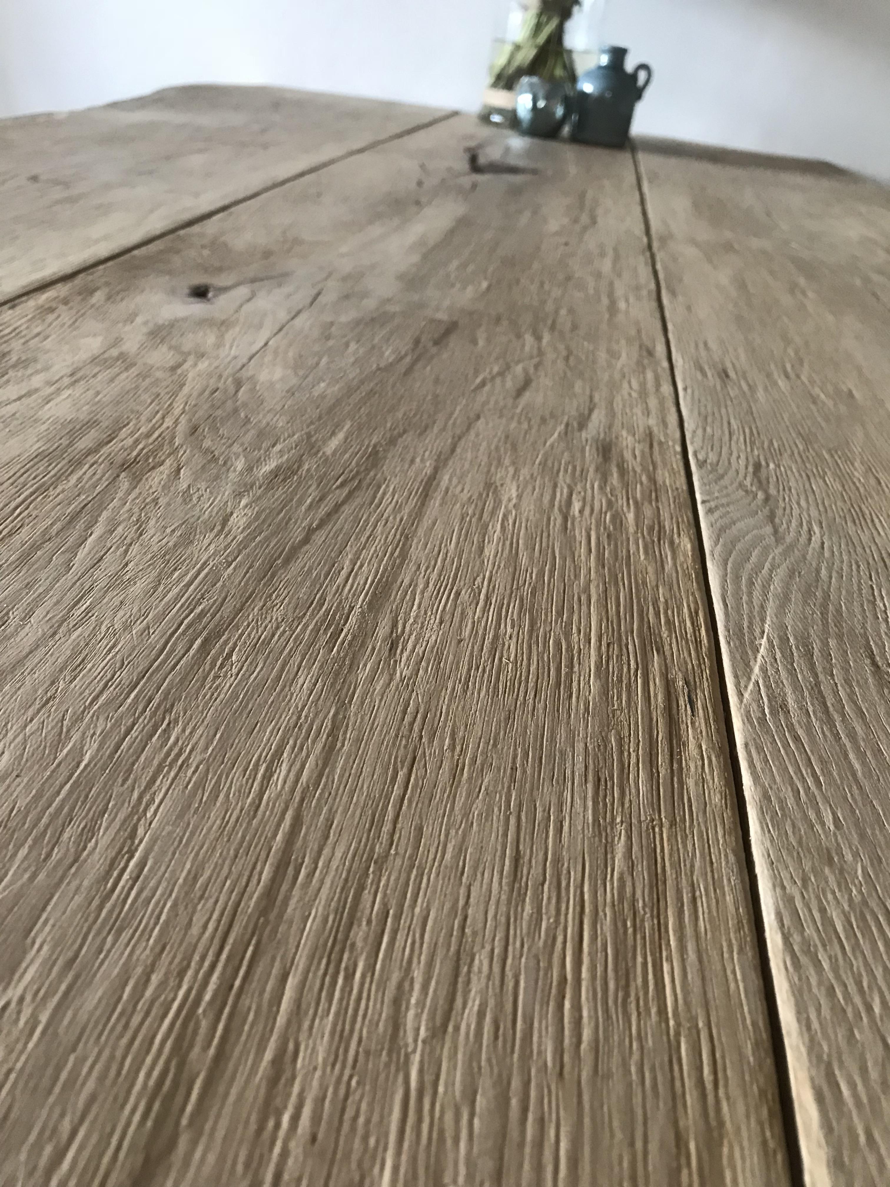 Eikenhouten boomstamtafel