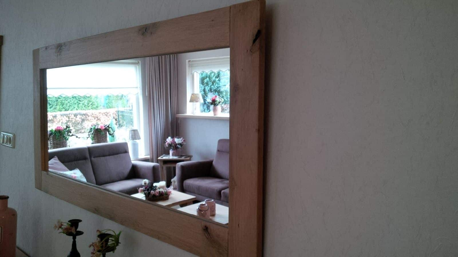 Eikenhouten spiegel
