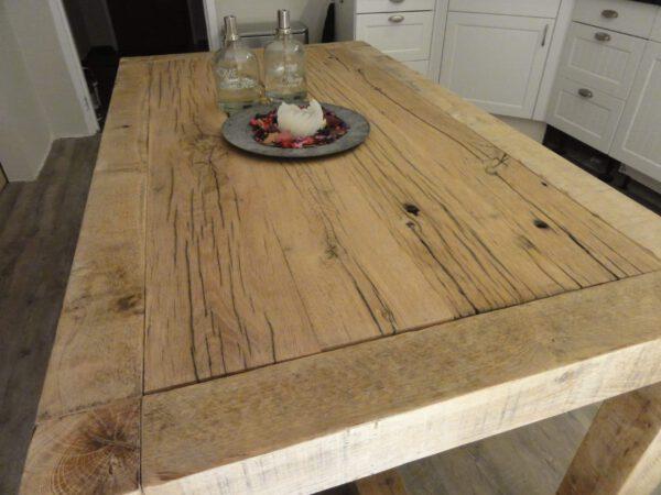 Eikenhouten tafel Aleck